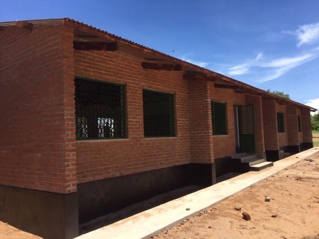 Het eerste klasgebouw is bijna af!